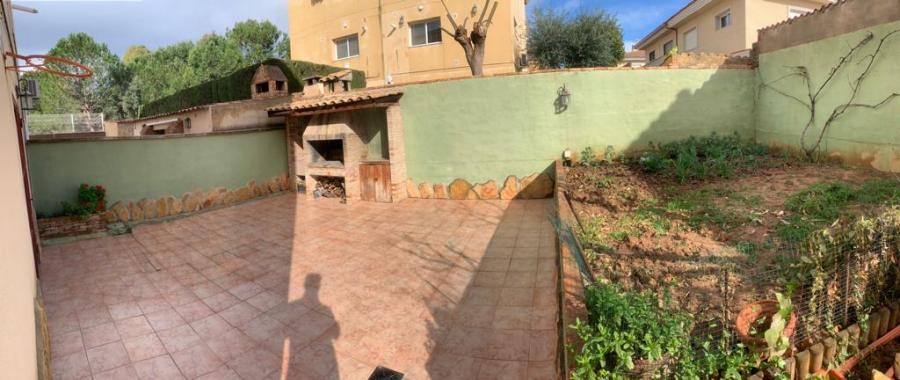 Adosado, La Pobla de Vallbona, 46185