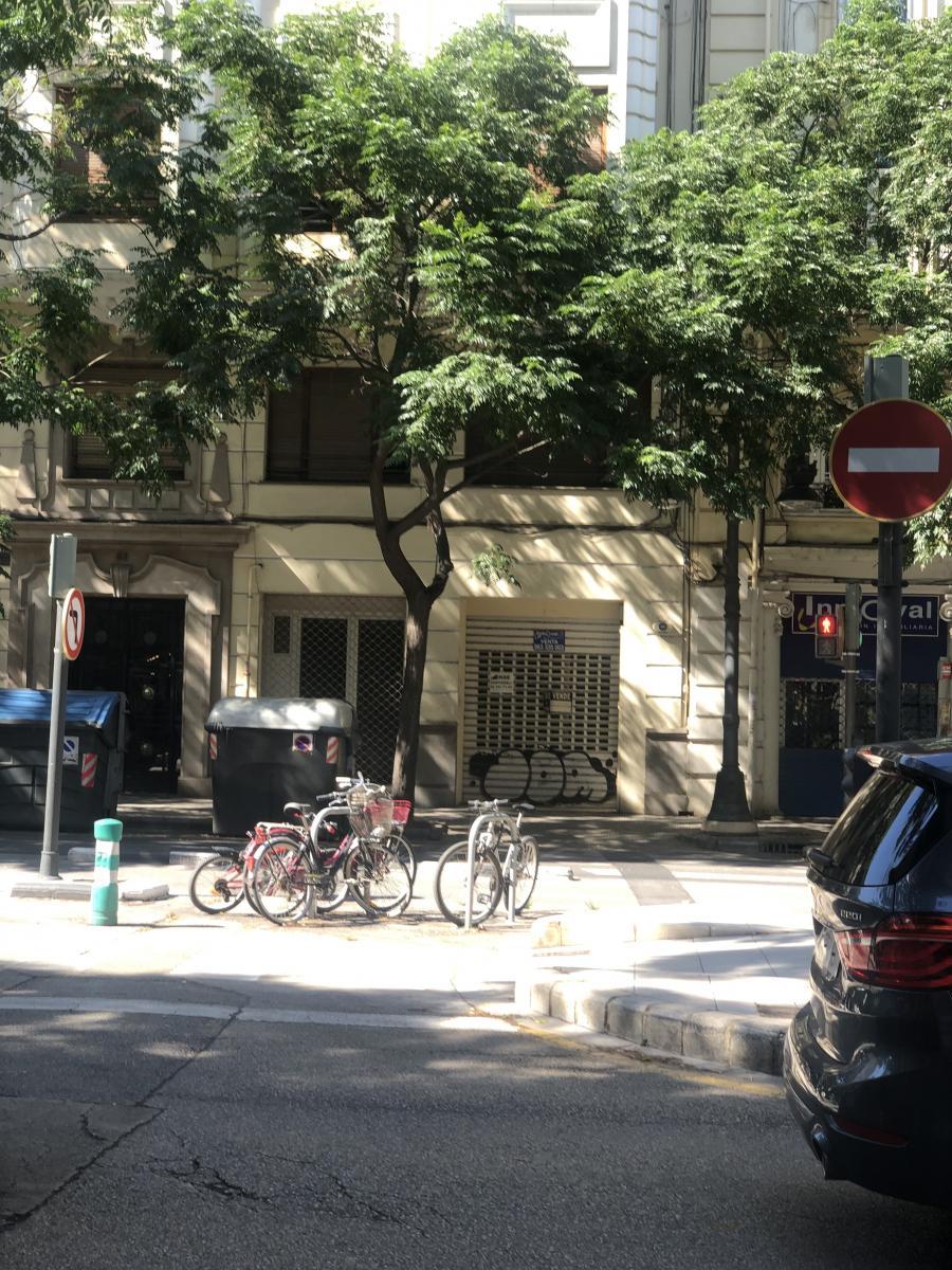 Bajo comercial, València, 46005