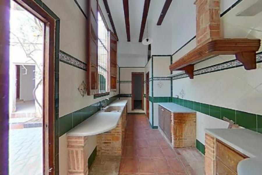 Casa, Llauri, 41128